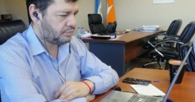 Ferreyra mantuvo un encuentro con representantes de los Institutos de idiomas de la ciudad